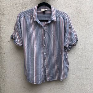 Universal Thread Chambray striped shirt size med